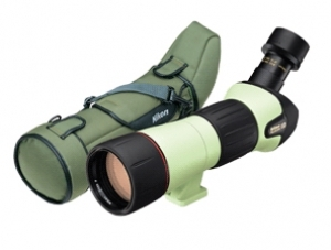 Luneta terestra Nikon Fieldscope EDIII body angled   case